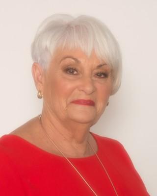 Kerry Milne profile image